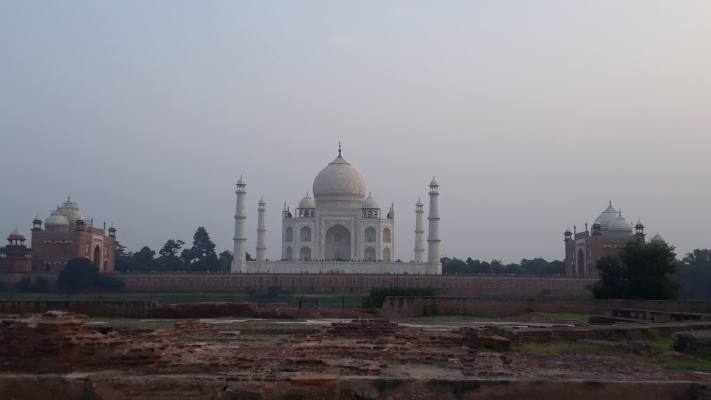 Taj Mahal Sunset Visit Point